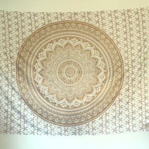 Other - White and gold Tapestry
